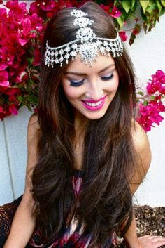16 glamorous indian wedding hairstyles – pretty designs throughout indian wedding hairstyles for long hair Fashion Trends 2018, Look Body, Indian Wedding Hairstyles, Bridal Hairstyles, Glamorous Hairstyles, Fashion Hairstyles, Engagement Hairstyles, Hairstyles 2018, Beautiful Hairstyles
