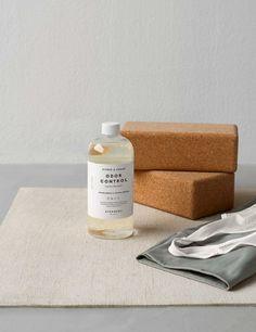 "Waschmittel antibakteriell ""Steamery Odor Control Zitrus & Zeder""750 ml Clive Bixby, Laundry Detergent, Fiber, Neutral, How To Remove, Cleaning, Cedar Wood, Alcohol, Nursing Care"