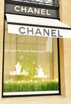 Afbeeldingsresultaat voor chanel shops