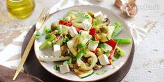 Teplý zeleninový šalát Vitamin D, Pasta Salad, Feta, Zucchini, Vegetables, Ethnic Recipes, Red Peppers, Crab Pasta Salad, Vegetable Recipes