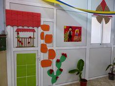 Resultado de imagen de decoracion dia de canarias Calendar, Butterfly, Holiday Decor, Frame, Home Decor, Google, Little Cottages, Manualidades