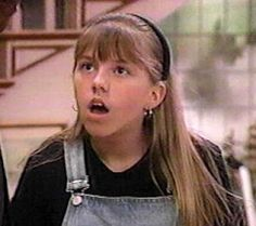 Jodie Sweetin (a. Stephanie Tanner Full House, Full House Funny, Full House Tv Show, Dj Tanner, Uncle Jesse, Tv Show Outfits, Band Outfits, The Warlocks, John Stamos