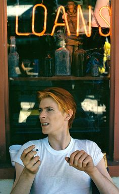 David Bowie on the set of The Man Who Fell to Earth, New Mexico 1975. Photo by Geoff  MacCormack