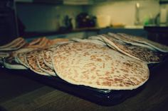 Oldemor Hildur Ellevsøys tykklefse Pancakes, Baking, Breakfast, Recipes, Food, Morning Coffee, Bakken, Recipies, Essen