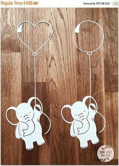 5 x Elephant & Balloon SVG PDF Designs – Papercutting Vinyl Template … SALE! 5 x Elephant & Balloon SVG PDF Designs – Papercutting Vinyl Template Commercial Use – new baby – baby svg – teddy papercut Elephant Balloon, Elephant Canvas, Baby Svg, Baby Baby, Stencil, Paper Art, Paper Crafts, Paper Cutting Templates, Hamster