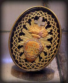 Vintage Antique Sacred Heart of Jesus Reliquary