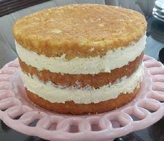 Creme de Confeiteiro (Creme Pâtissière) do Programa Masterchef - Receita Toda Hora Sweet Desserts, Sweet Recipes, Delicious Desserts, Cake Recipes, Churros, Brazillian Food, Pastel Cakes, Different Cakes, Just Cakes