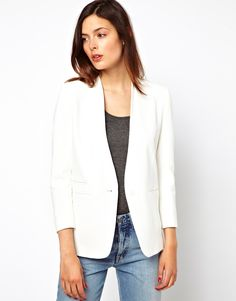 Clean, criscp, oh so chic! ASOS blazer in white available here http://rstyle.me/~IpHM