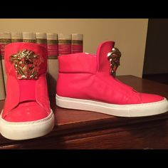 Hot pink Versace shoes, authorized Hot pink Versace shoes, authorized, worn , but in great condition. Please feel free to make offers;) Versace Shoes Sneakers