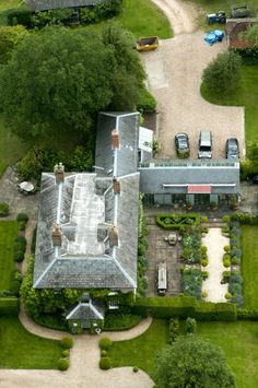 ROYALTY: Kate Middletons family home in Bucklebury, Berkshire