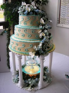 Wedding Cakes With Fountains - http://www.talenthuntweb.com/wedding-cakes-with-fountains/