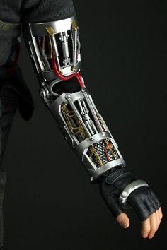 Iron Man hand, Iron man making, Stark Technology, Tony stark Reactor Arc, Iron Man Arc Reactor, Iron Man Suit, Iron Man Armor, Armor Concept, Concept Art, Foto Batman, Armadura Ninja, Iron Man Hand