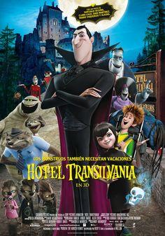"""Bienvenidos a Hotel Transilvania, el fastuoso resort de cinco """"estacas"""" de Drácula, donde los monstruos y sus familias pueden darse la gran vida, libres de los entrometidos ojos de los humanos. Un fin de semana, Drácula invita algunos de los monstruos más famosos del mundo -Frankenstein y su mujer, la Momia, el Hombre Invisible, una familia de http://www.madridxanadu.com/index.php?option=com_content=view=849=58_source=facebook_medium=cinessa_campaign=estrenos%2Bcine"""