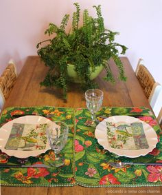 Tropical table setting