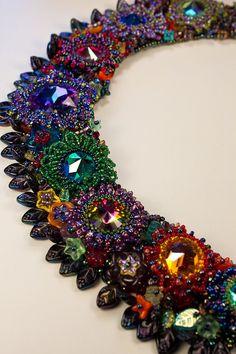 Talk about beadwork....OMG!