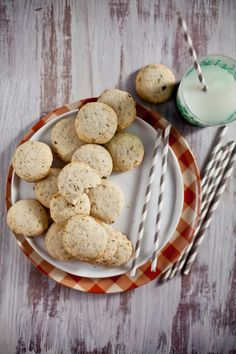 Rosemary and Fennel Butter Biscuits | Playful Cooking