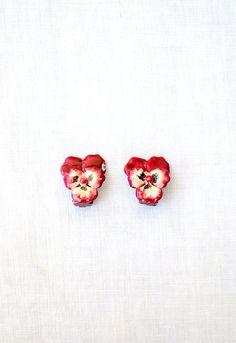 Vintage 1950s pansie enamel earrings