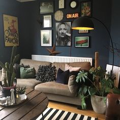 Hi everyone @kerrylockwood_  back again. Heres a shot of my living room I love how painting your walls dark can totally transform a room and make it feel so cosy. Im taking over the FBC instagram all day/evening so more from me later. #frenchbedroomcompany #instagramtakeover #darkinteriors #pocketofmyhome #atmine #interiorstyling #interiorblogger #ukblogger #interiorblog #interiors4all