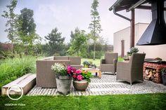 Terasa s črepníkovými kvetmi Patio, Garden, Outdoor Decor, Home Decor, Terrace, Atelier, Garten, Decoration Home, Room Decor