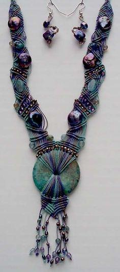 jewelry-pat-berkley.com                                  Like this design