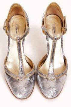 sparkle | bling | shiny | bauble | texture | glitter | shimmer | glimmer | shoes |