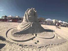 """""""El milagro de la vida"""" triunfa en concurso de esculturas de arena"""