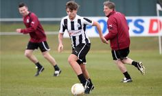 One Direction singer Louis Tomlinson signs for Doncaster Rovers read the site