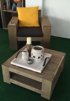 Gartentisch aus #Steigerholz, Holzbohlen mit Stahl, hier die