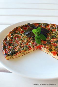 Tomato and Basil Frittata Frittata, Eat Right, Skillet, Vegetable Pizza, Basil, Grilling, Vegetables, Recipes, Food
