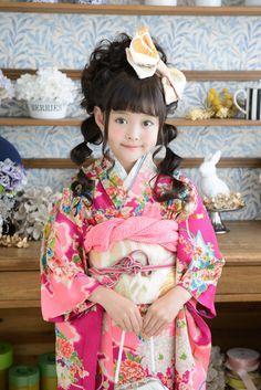 and japanese little girl.Kimono and japanese little girl.