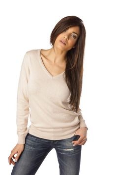 f53502c30a3a Pull CACHEMIRE femme col V MAELIS Beige Pull Cachemire Femme
