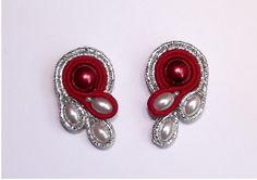 Items similar to Soutache jewelry. Soutache Earrings on Etsy I Love Jewelry, Jewelry Making, Unique Jewelry, Soutache Tutorial, Soutache Necklace, Tatting Jewelry, Polymer Clay Charms, How To Make Beads, Etsy Jewelry