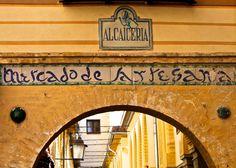 Eingang zum alten Marktplatz in Granada