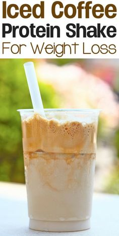 Healthy Iced Coffee Protein Shake Recipe for weight loss: A healthy low calorie, low carb, high protein, and filling breakfast or lunch smoothie. This recipe is gluten-free. 3 Day Diet, One Week Diet Plan, Weight Loss Tips, Weight Loss Shakes, Fast Weight Loss, Weight Loss Motivation, Breakfast Smoothies, Healthy Smoothies, Smoothie Recipes