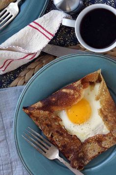 Buckwheat galette with ham, gruyere and egg