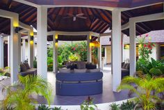 Maldive - Beach Resort Atmosphere Kanifushi***** | Fill your home with love