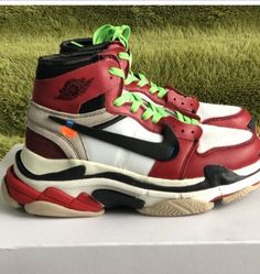 Excuse me what the fuck? 🤣  #nike #balenciaga #triples #airjordan #airjordan1 #jordan #follow4follow #TagsForLikes #photooftheday #fashion #style #stylish #ootd #outfitoftheday #lookoftheday #fashiongram #shoes #kicks #sneakerheads #solecollector #soleonfire #nicekicks