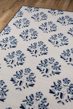 Hand-tufted in China of durable polyester, the Havana collection offers intriguing large-scale floral designs in vibrant colors. Discover a collection of contemporary floral patterns with fresh colors, originality and style. Floral Patterns, Floral Designs, Decor Styles, Vibrant Colors, Area Rugs, Shapes, Contemporary, Fresh, Havana