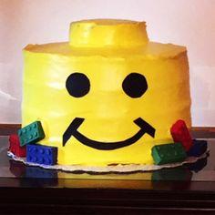 Cute lego head cake for girls or boys. Easy to follow lego cake recipe.