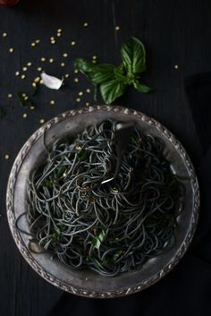 Food Fashion Party: SQUID INK PASTA WITH FENNEL,GARLIC AND BASIL