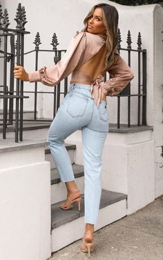 Complete your look with the Abrand - A High Slim Jeans in Walk Away from Showpo! Buy now, wear tomorrow with easy returns available. Cute Instagram Pictures, Cute Poses For Pictures, Instagram Pose, Poses For Photos, Car Pictures, Photo Poses, Fun Poses, Model Pictures, Maternity Pictures