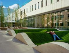 ZGF, The ground-level lobby garden is a new open space on the Emanuel campus that adds to the principle of creating restorative landscapes alread. Architecture Foundation, Hospital Design, Landscape Architecture Design, Architecture Images, Urban Park, Healthcare Design, Garden Features, Childrens Hospital, Environment Design