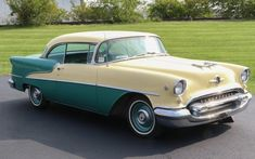 Clean and attractive is one way to describe this 1955 Oldsmobile Super 88. It just exudes the fifties! #Oldsmobile88