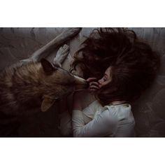 She wolf discovered by 🌸 Chloé Madelaine 🦋 on We Heart It Dark Fantasy, Fantasy Magic, Fantasy Art, Character Aesthetic, Aesthetic Girl, Story Inspiration, Character Inspiration, Half Elf, Wolf Hybrid