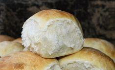 Voisämpylöiden rakenne on pehmeä ja muistuttaa pullaa. Good Food, Yummy Food, Tasty, Fun Food, Bread Recipes, Cooking Recipes, Finnish Recipes, Greens Recipe, Bread Baking