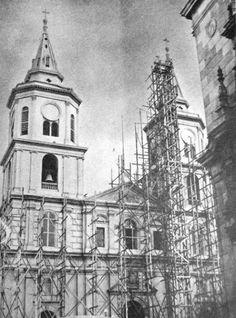 Restauracion de la iglesia de San Pedro  luego del terremoto de 1940  Fuente: Lima la Unica