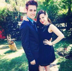 Jorge y su novia !!!!!! Un secreto shhhhhhh es ALBA RICO !!!!!!!!!!!!!!!!!♡♥ no lo parece pero si !! Se ha cambiado el pelo