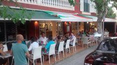 Teilen!FacebookTwitterGoogle+PinterestLinkedIn Sangria, Pizzeria, Restaurant, Outdoor Decor, Home Decor, Cool Beer, Red Wine, Majorca, Decoration Home