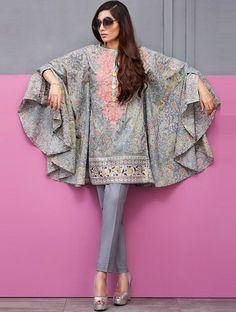 Cape Style Top Pakistani Fashion Party Wear, Pakistani Dresses Casual, Indian Fashion Dresses, Pakistani Dress Design, Indian Designer Outfits, Designer Dresses, Fashion Outfits, Kaftan Designs, Kurta Designs Women