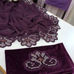 #telkırmabaşörtüsü #💜🖤 Couture Embroidery, Folk Embroidery, Weaving Patterns, Animal Crafts, Diy And Crafts, Cross Stitch, Sewing, Instagram, Napkins